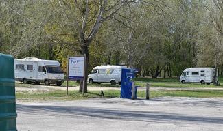AIRE DE SERVICES CAMPING-CAR DU LAC DE MADINE - HEUDICOURT - Heudicourt-sous-les-Côtes